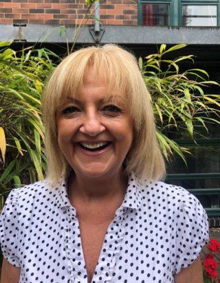 https://www.learningtoshapebirmingham.co.uk/wp-content/uploads/2019/06/Tracy-Ruddle-pic-320x412.jpg