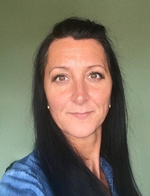 https://www.learningtoshapebirmingham.co.uk/wp-content/uploads/2020/09/Vikki-Bardon.jpg